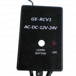 [:fr]Récepteur externe avec 3 chaînes indépendantes.   AC-DC 12/24-433Mhz   Jusqu'à 20 codes.[:es]2) Receptor externo de 3 canales independientes.AC-DC 12/24-433MhzHasta 20 codigos.